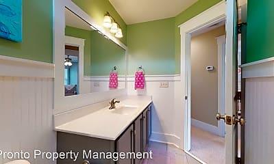 Bathroom, 307 S Brig Dr, 2