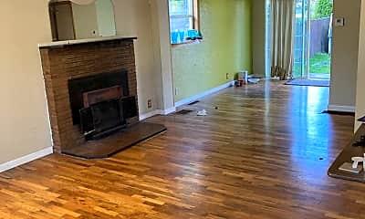 Living Room, 2035 SE Tacoma St, 1