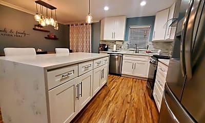 Kitchen, 515 Parlin St, 0