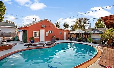 Pool, 6213 Tujunga Ave, 0
