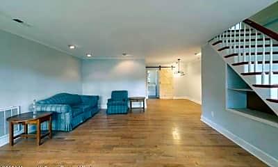 Living Room, 1633 Holbrook St, 1