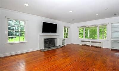 Living Room, 25 High Point Ln, 1