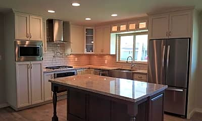 Kitchen, 6714 E 6th St, 1
