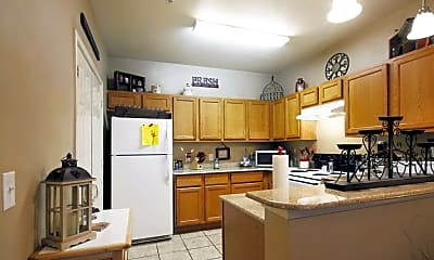 Kitchen, Oakleaf Estates Apartments, 1