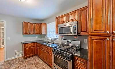 Kitchen, Room for Rent -  a 4 minute walk to bus 51, 0
