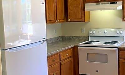 Kitchen, 906 Richmond Dr. #Z4, 1
