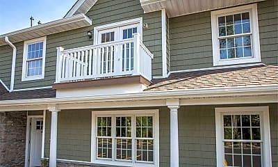 Building, 170 W Montauk Hwy 12, 1