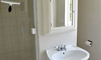 Bathroom, 11911 Davenport Rd, 1