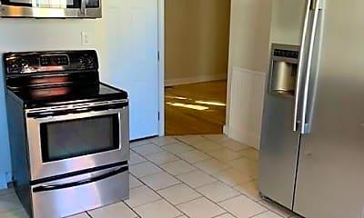 Kitchen, 522 Chalkstone Ave, 2