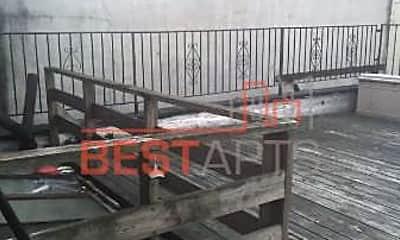 Patio / Deck, 600 W 52nd St, 1
