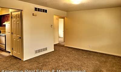 Living Room, 333 W 200 S St, 1
