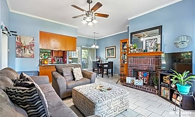 Living Room, 2802 W Sunset Dr, 1