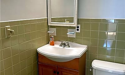 Bathroom, 137-03 Mulberry Ave 1ST, 2