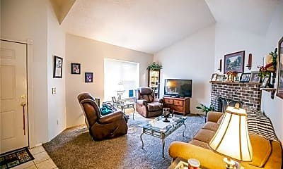 Living Room, 2502 W Olrich St, 1