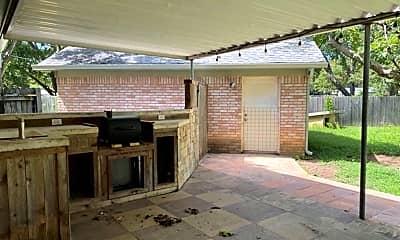 Patio / Deck, 5719 Fairview Dr, 2