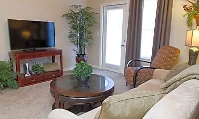 Living Room, 100 Stonebench Circle, 1