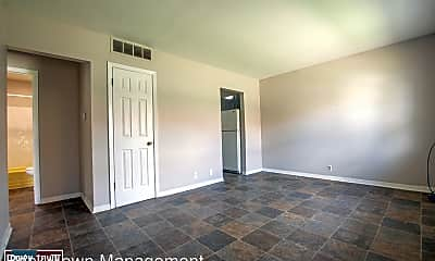 Living Room, 2459 2nd Ave, 0
