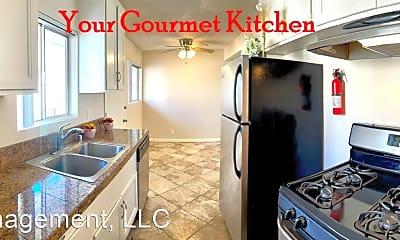 Kitchen, 424 Esplanade, 1