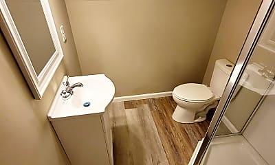 Bathroom, 805 Fillmore St, 2
