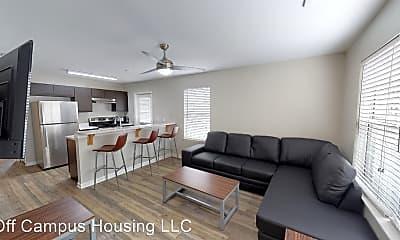 Living Room, 1119 Conklin St, 1