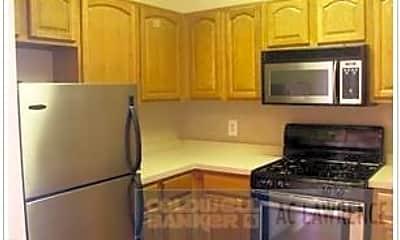 Kitchen, 276 W 119th St, 0