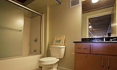 Bathroom, Victoria Riverside Townhouse Lofts, 2