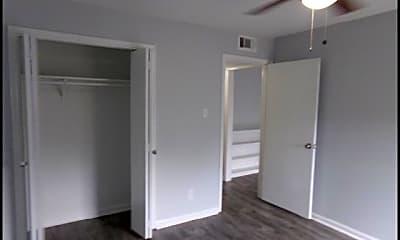 Bedroom, 1601 N Bryant #52, 2