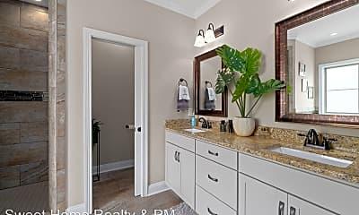 Bathroom, 320 S Stonecrop Ct, 1