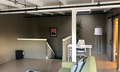 Living Room, 2828 Filbert St, 2