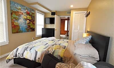 Bedroom, 1207 E Jefferson St, 2