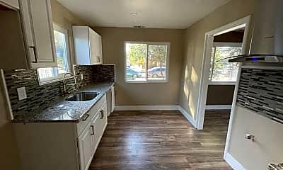 Kitchen, 1170 Olivina Ave, 1