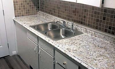Kitchen, 1109 Hillside Pl, 1