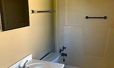 Bathroom, 2010 August St, 2