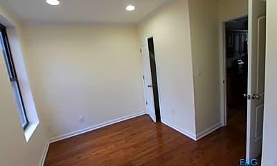 Bedroom, 574 W 161st St, 2