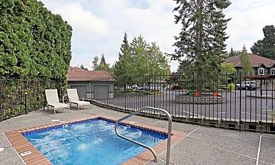 Pool, Fanno Creek Village, 1