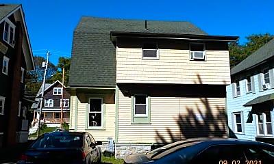 Building, 965 Lancaster Ave, 2