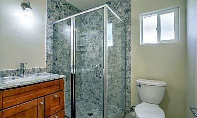 Bathroom, 1701 Jupiter Dr, 2