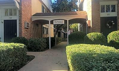 4800 Williamsburg Lane UNIT 105, 0