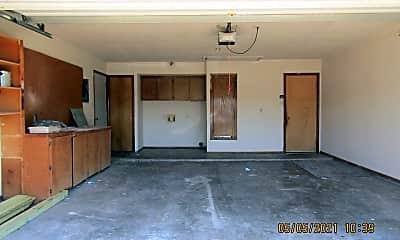 Kitchen, 3809 SW Rolling Hills Dr, 2