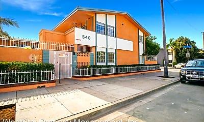 Building, 550 E 64th St, 0