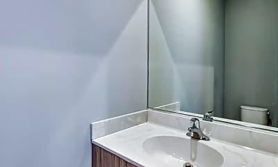 Bathroom, 6200 S Kimbark Ave, 2