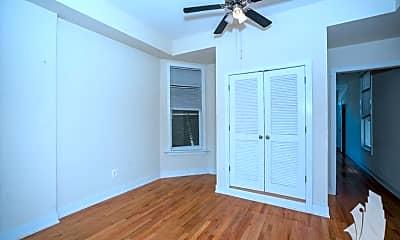 Bedroom, 3358 N Sheffield Ave, 1