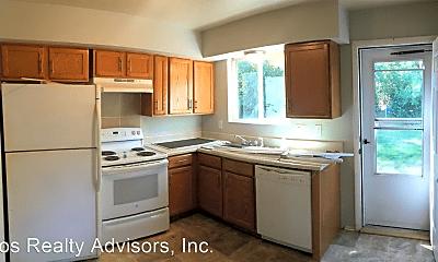 Kitchen, 5707 S Pearl St, 0