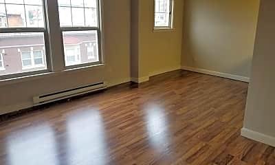 Living Room, 505 E Denny Way, 1