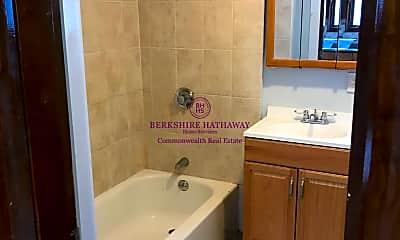 Bathroom, 4 Eaton St, 2