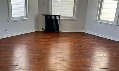 Living Room, 89-23 116th St, 0