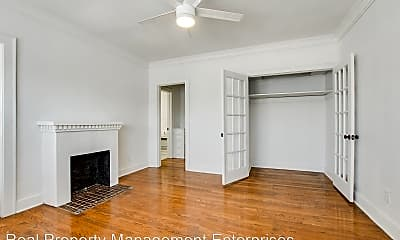 Living Room, 723 East Dr, 0