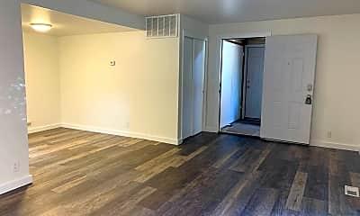 Living Room, 2260 800 E, 2