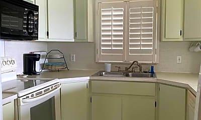 Kitchen, 720 Tarpon St 6, 2