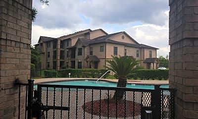 Heatherbrook Apartments, 2
